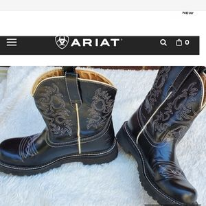 Ariat Baby Fat Cowboy boots  9.5